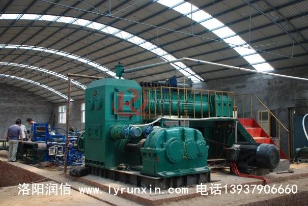 烧结zhuan生产线设bei施工现场